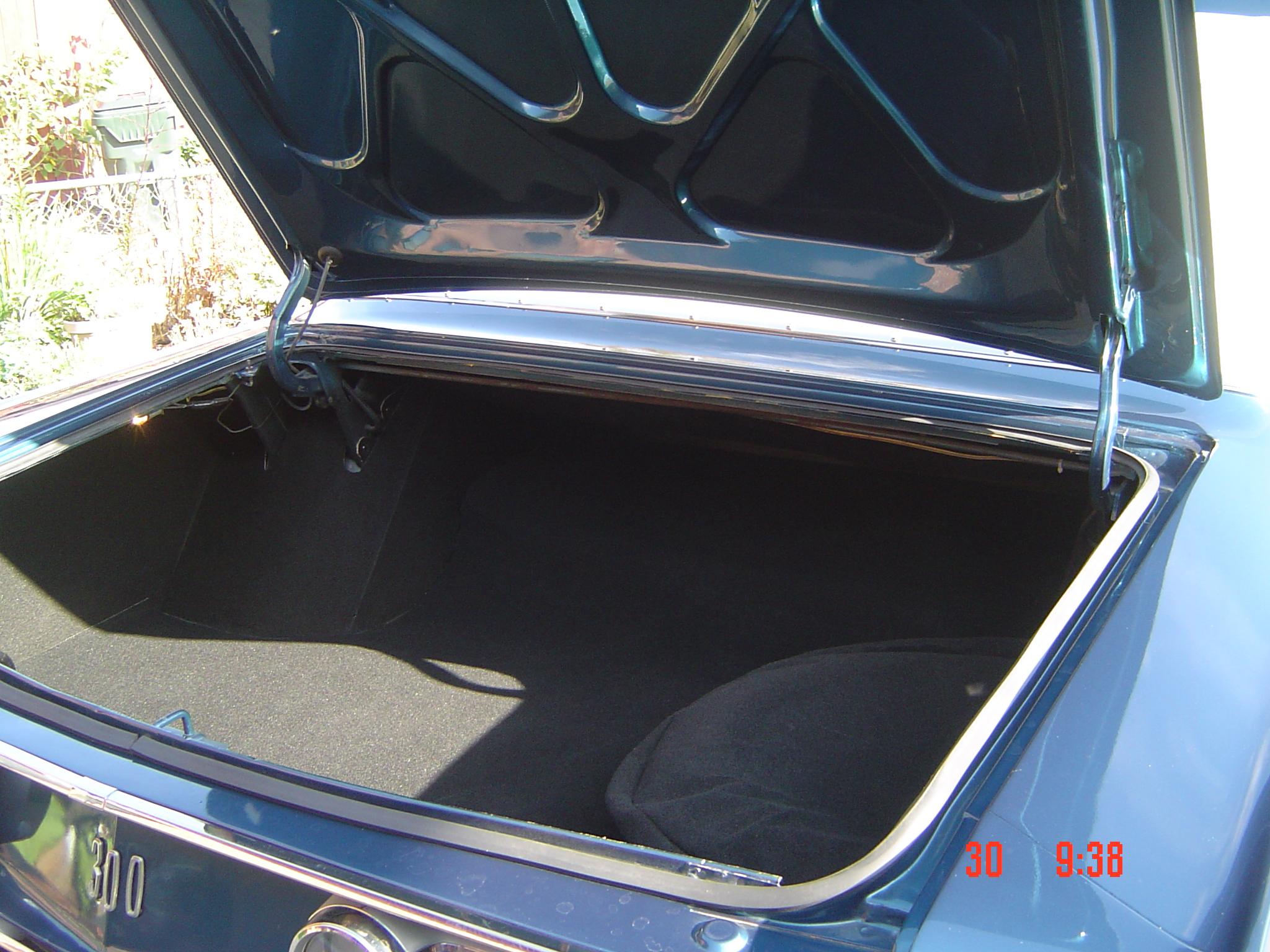 1968-chry-300-convert-004