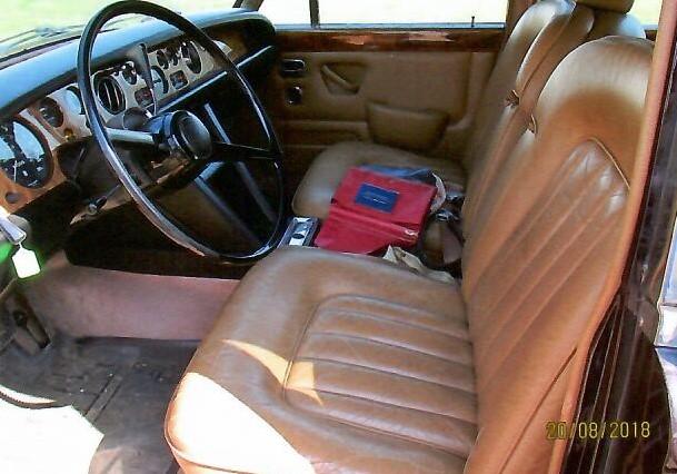 Rolls Interior 4