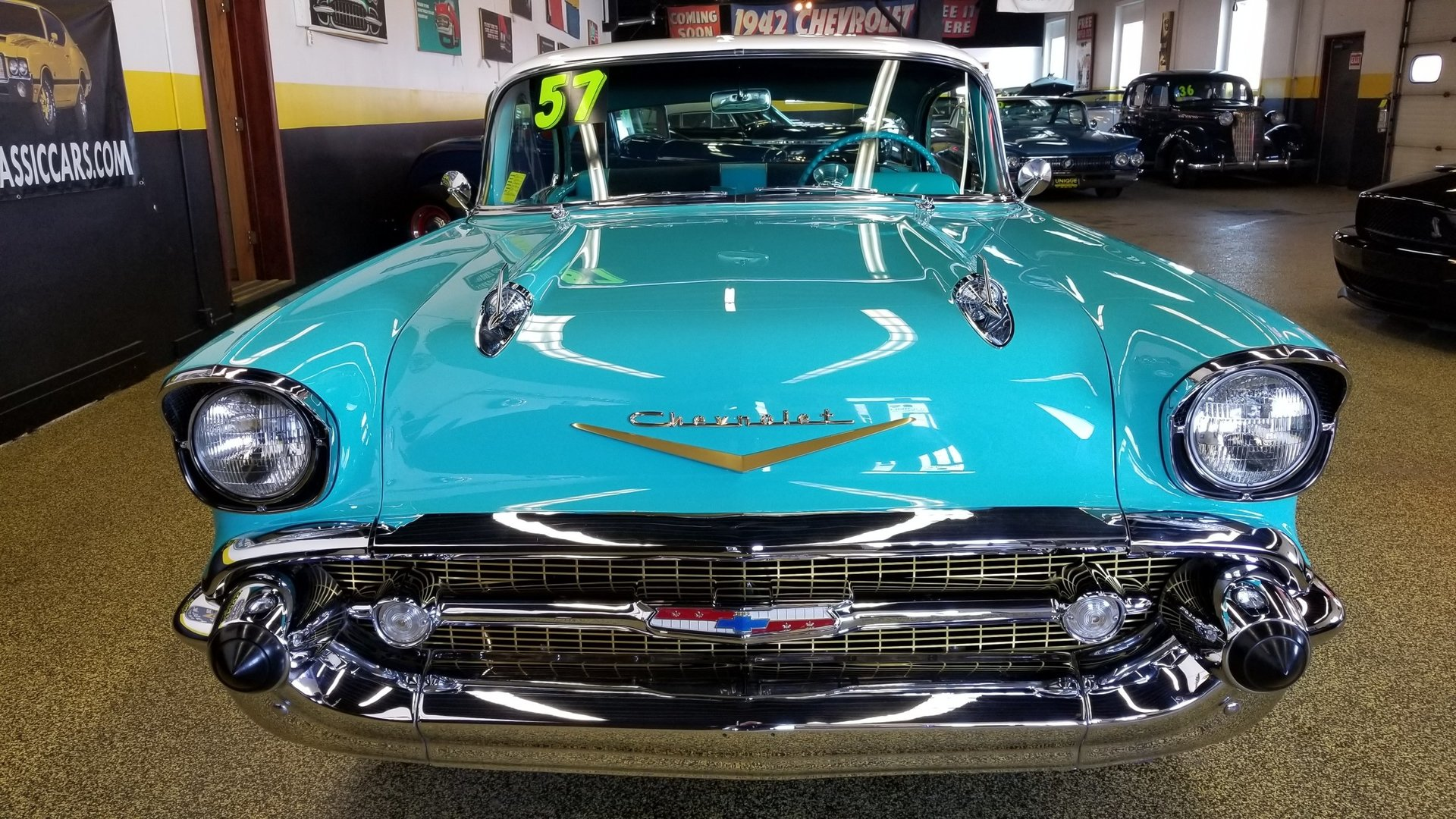 33889ca533035_hd_1957-chevrolet-bel-air