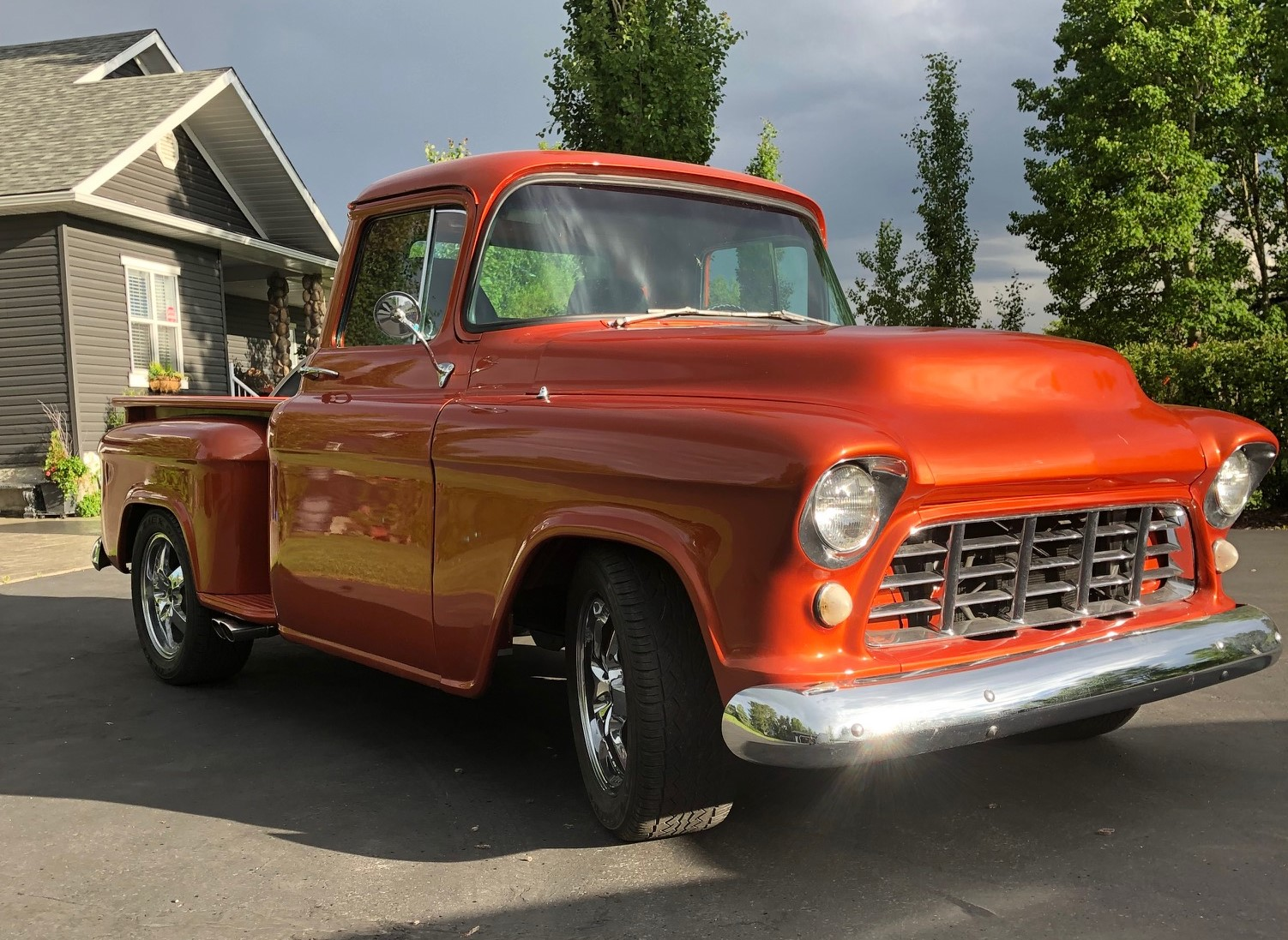 1955-1300-front-right