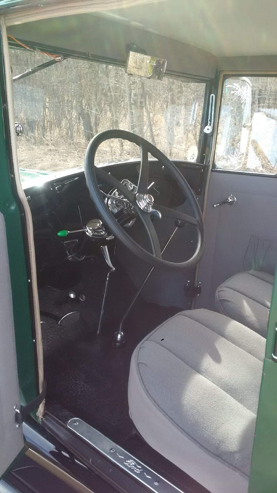 1928 Tudor - Interior Driver's view