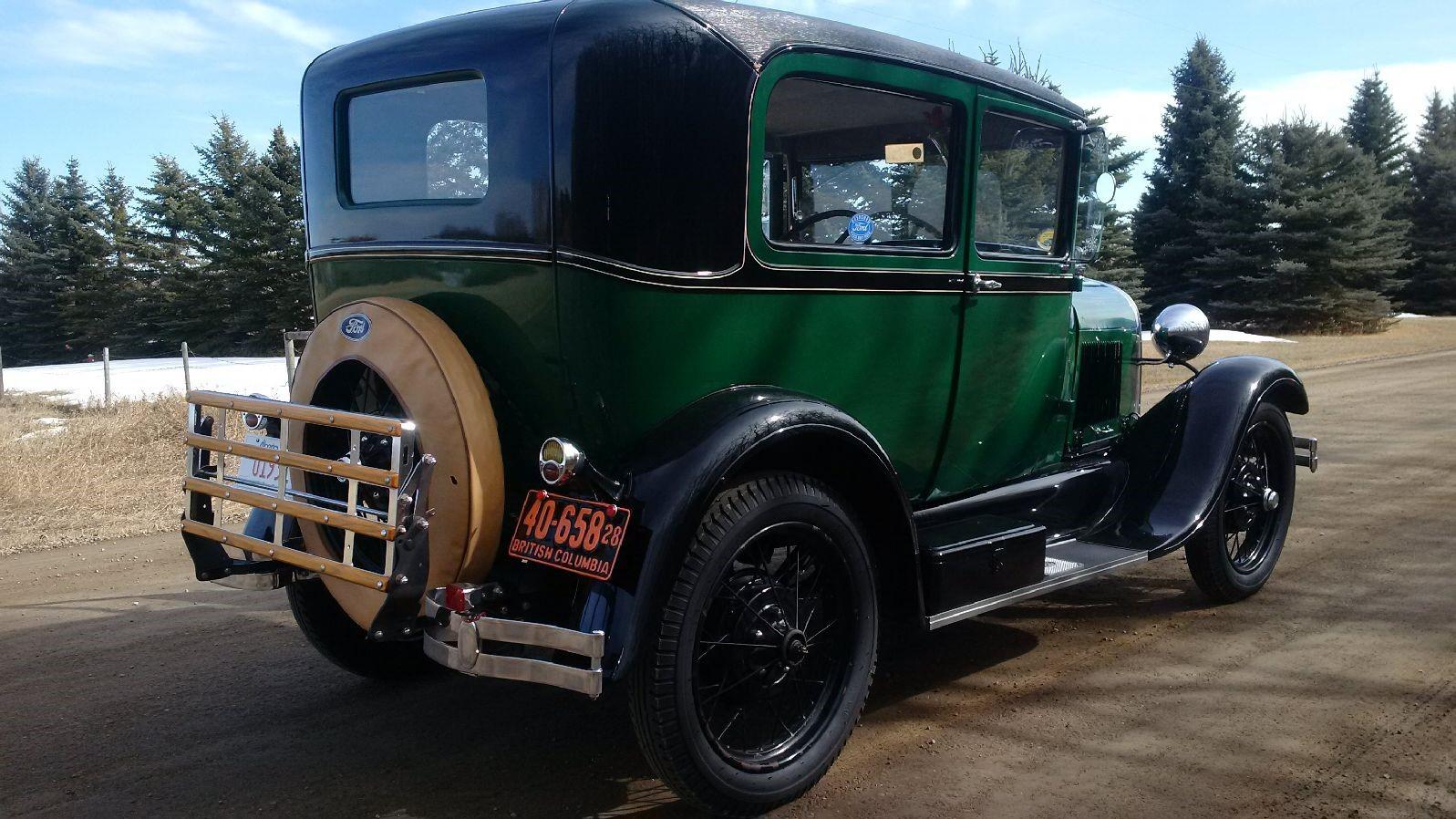 1928 Tudor rear view angle