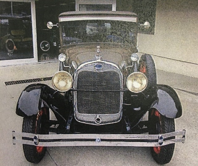 1929-Ford-Model-A-2-Front